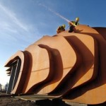 Thomas Heatherwick beach cafe takes shape