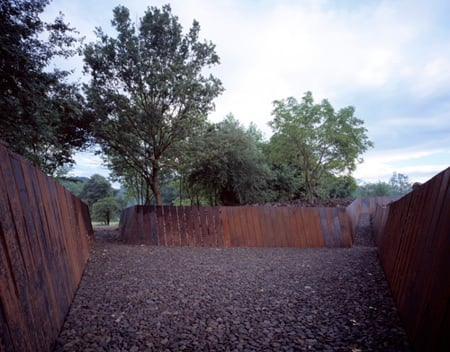 986-08.jpg