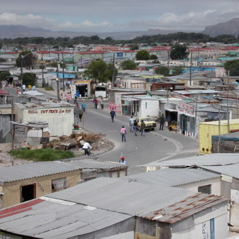 Stars to design housing for shack-dwellers