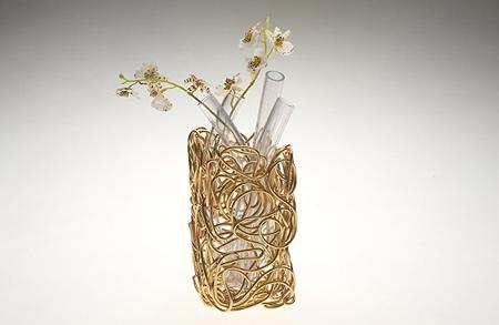 wire-flower-vase.jpg
