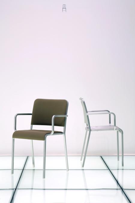20-06-armchair.jpg