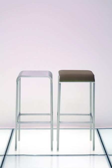 20-06-stool-all.jpg
