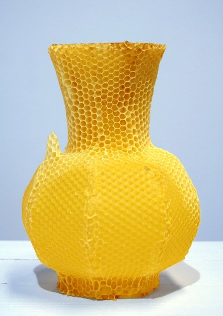 tomas_gabzdil_libertiny_made_by_bees_honeycomb_vase_2_preview.jpg