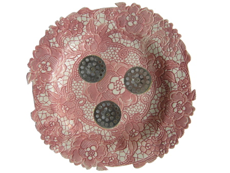 pink-lace-plate-with-drains-2.jpg