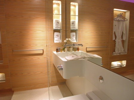 yotel_bathroom.jpg