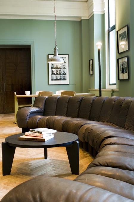 sofa-wellcome-mf.jpg