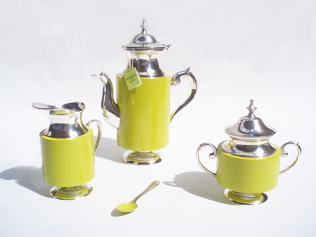 old-new-tea-set.jpg