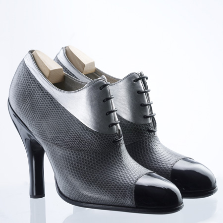 Apprentice shoes by Doshi Levien