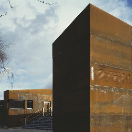 Cremorne Riverside Centre by Sarah Wigglesworth Architects