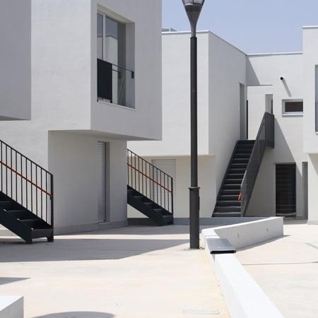 40 Viviendas Para Jóvenes by Bipolaire Arquitectos