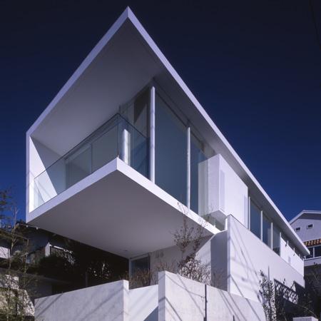 Parabola House by Atelier Tekuto