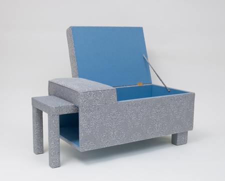2chroma-key_long-stool_open.jpg