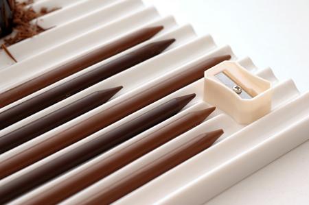 موديلات شوكولا روعة !!!!! chocolate-pencils03.