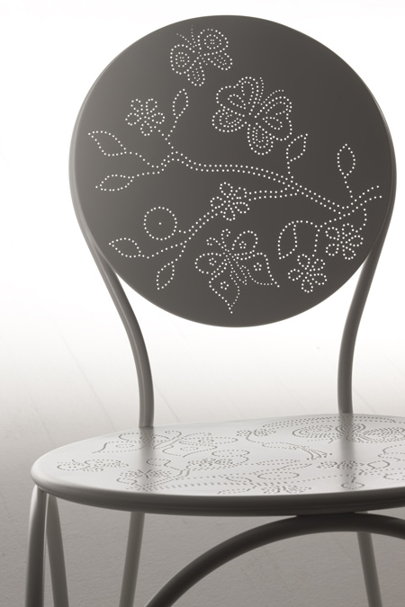rain-chair_detail.jpg
