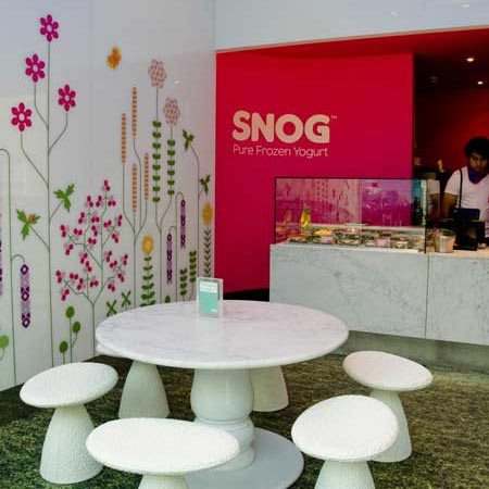 Snog frozen yogurt shop by Cinimod Studio