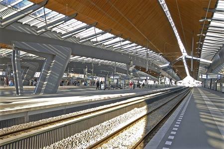 bijlmer-station04hcmark-h.jpg