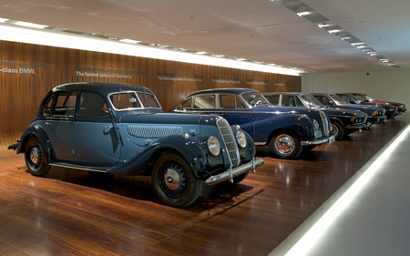 bmw-museum-munich-19_bmw-7-series.jpg