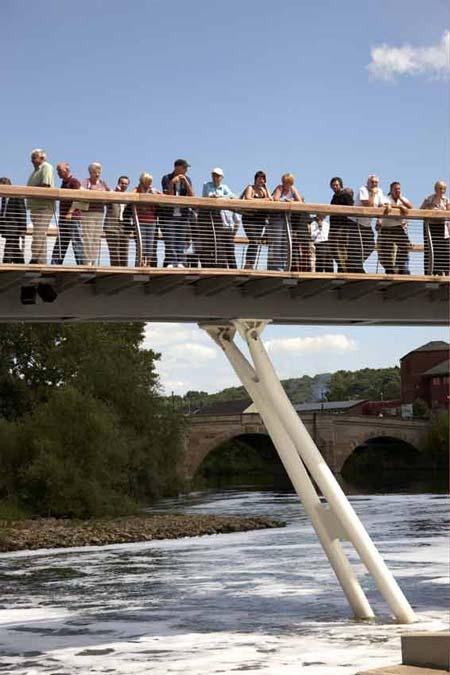 castleford-bridge-by-mcdowe.jpg