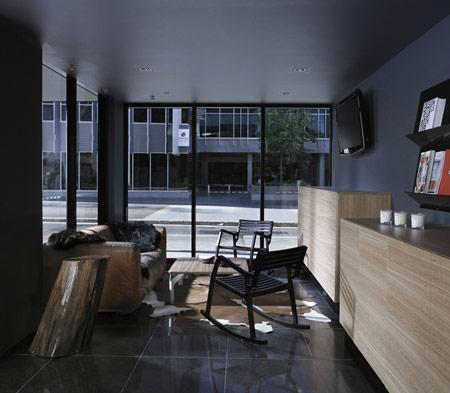 foyer_03.jpg