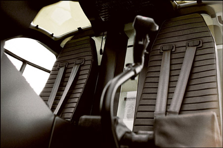 hermes-helicopterhph10-crew-seats.jpg