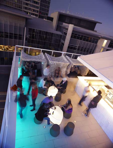 limes-hotel-by-alexander-lotersztainrooftop_bar.jpg