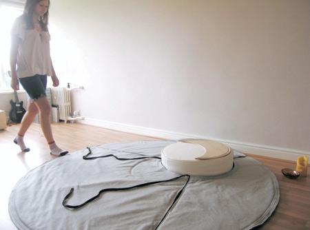 naoko-kanehira-at-new-designers-rug-new-designers-300pix.jpg