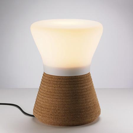 plug-by-tomas-kral-lamp_1.jpg