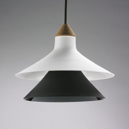 plug-by-tomas-kral-suspension-lamp2_off.jpg
