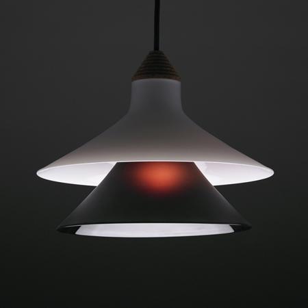 plug-by-tomas-kral-suspension-lamp2_on.jpg