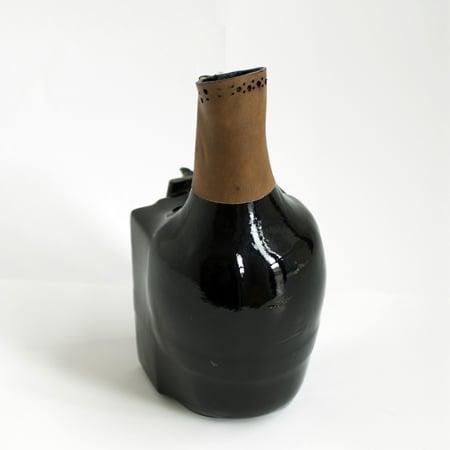 simon-hasan-vase-8.jpg