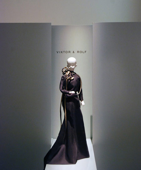 the-house-of-viktor-rolf-15.jpg