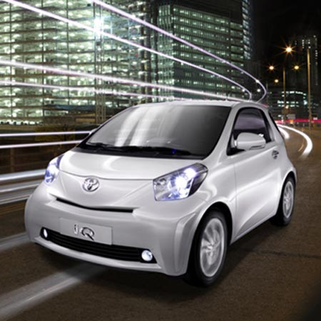 toyota-iq-t8_iq08_car_gal03_770_tcm28.jpg. Techno-organic theme for interior