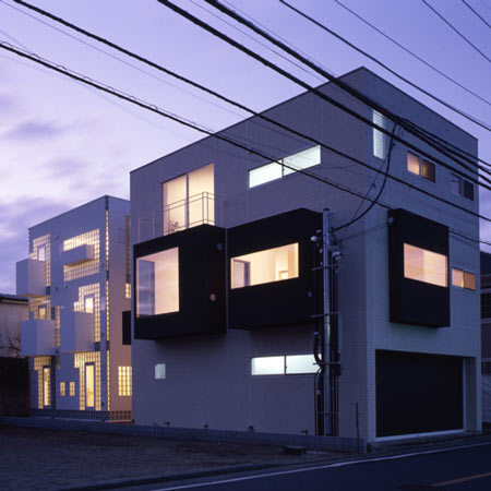 Twin-Bricks House by Atelier Tekuto
