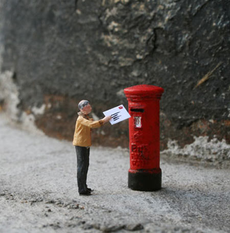 ground-zero-by-slinkachu-dear-son-1-blog.jpg