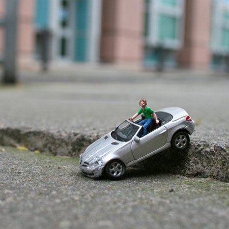 ground-zero-by-slinkachu.jpg