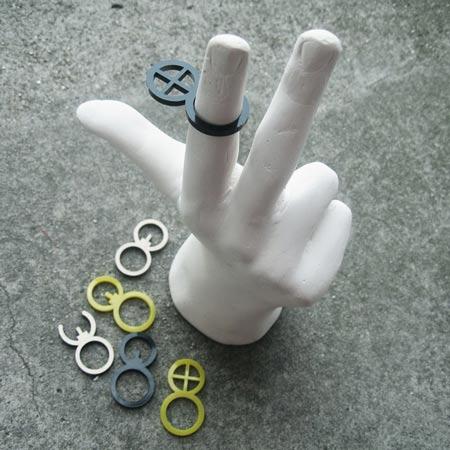 revolver-stickets-ringsight_dzeen.jpg