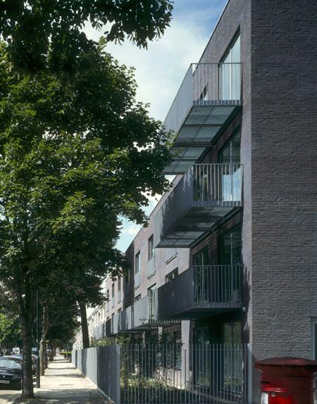 Vassall Road Housing - медицинский центр Tony Fretton Architects
