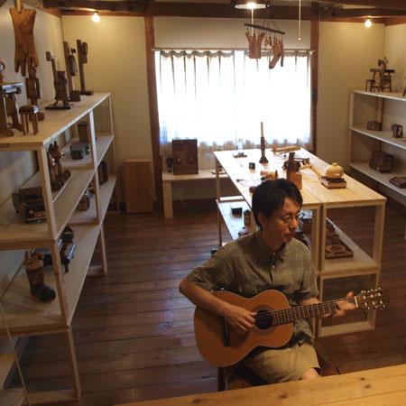 boku-at-ease-2008.jpg