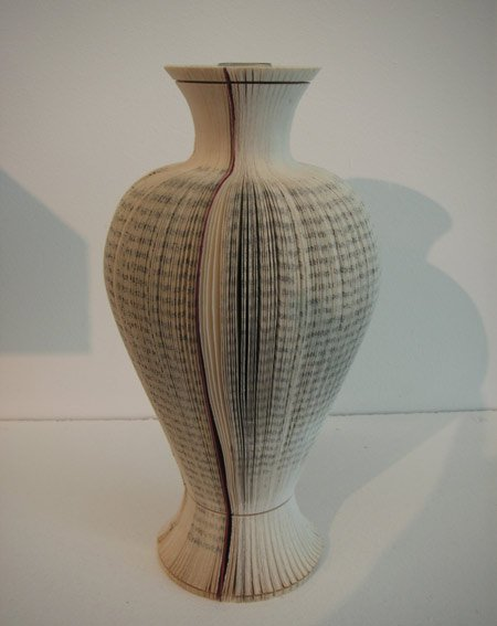 book-vases-by-laura-cahill-3.jpg