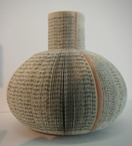 book-vases-by-laura-cahill_2.jpg