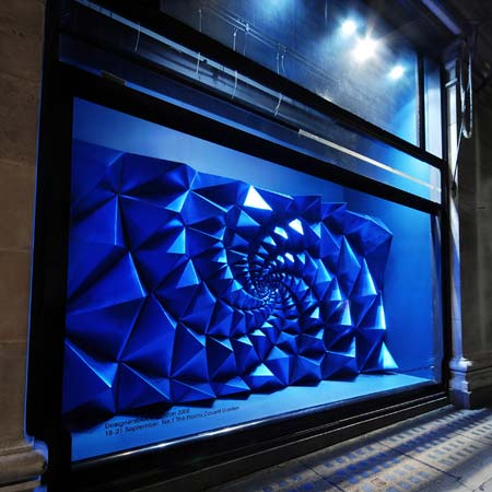 selfridges-window7.jpg
