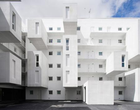 102 Dwellings by Dosmasuno Arquitectos