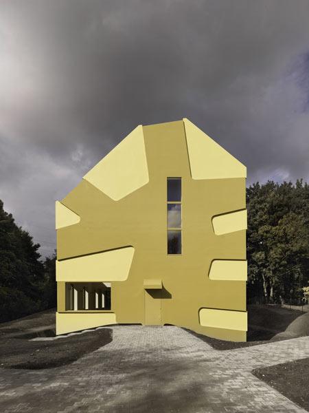 homehaus-by-j-mayer-h-architects-and-sebastian-finckh-jmayerh_homehaus_05.jpg