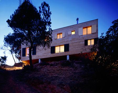 casa-205-by-h-arquitectes-205_08.jpg