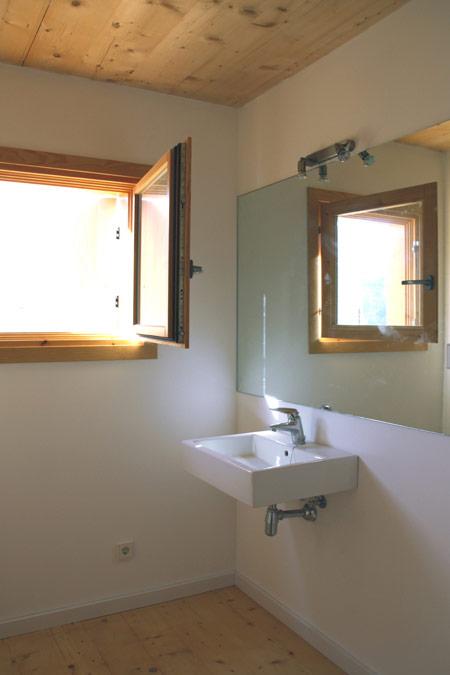casa-205-by-h-arquitectes-205_15b.jpg
