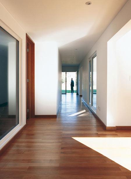 casa-parr-by-pezo-von-ellrichshausen-arquitectos-par-045.jpg