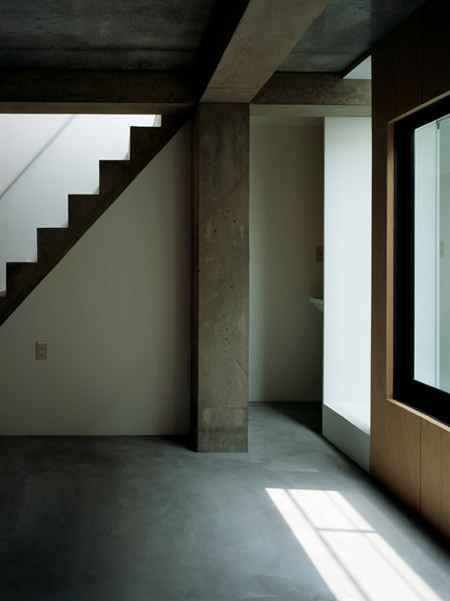 column-and-slab-house-by-ft-architects-132f.jpg