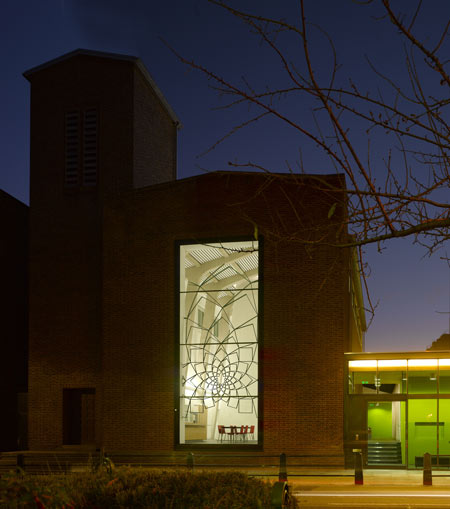 united-reformed-church-by-theis-and-khan-architects-lumen09.jpg