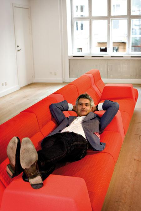 Seracs sofa by Alfredo Häberli