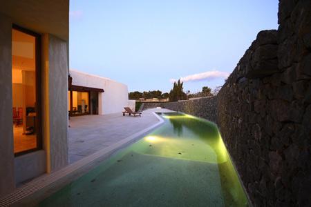 casa-llorens-by-eneseis-arquitectura-02.jpg
